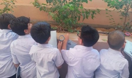 فعالیت های کلاسی دانش آموزان پایه های اول دوم سوم بین الملل